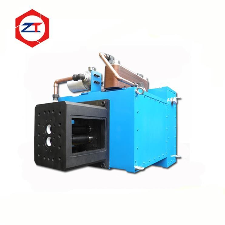 Blue Surface Pellet Mill Spare Parts , Electric Motor Gearbox 2387 - 2685N.M Torque